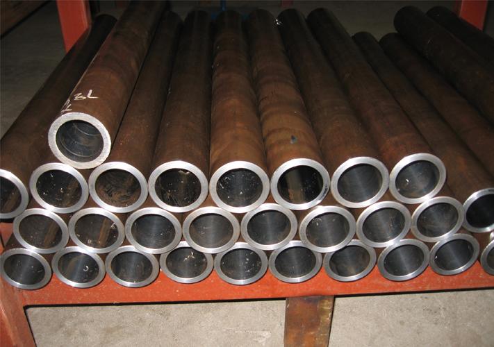 珩磨钢管图片
